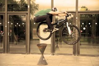 Andi Schuster | Mountainbike Trial Show | Galerie-Bild